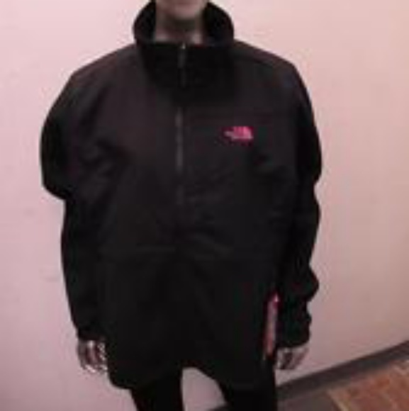 9226b6609 The North Face Pink Ribbon Denali 2 Jacket